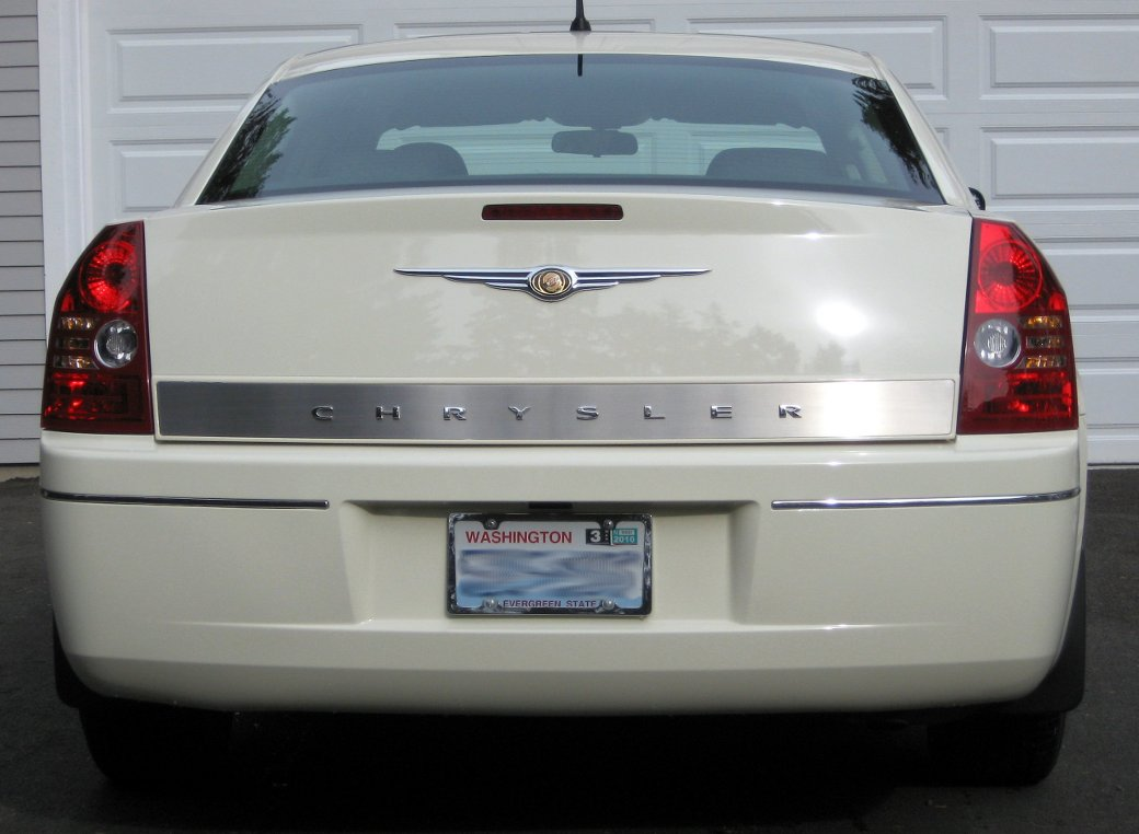 Nicks Car Corral 2005 Chrysler 300 Owners Manual